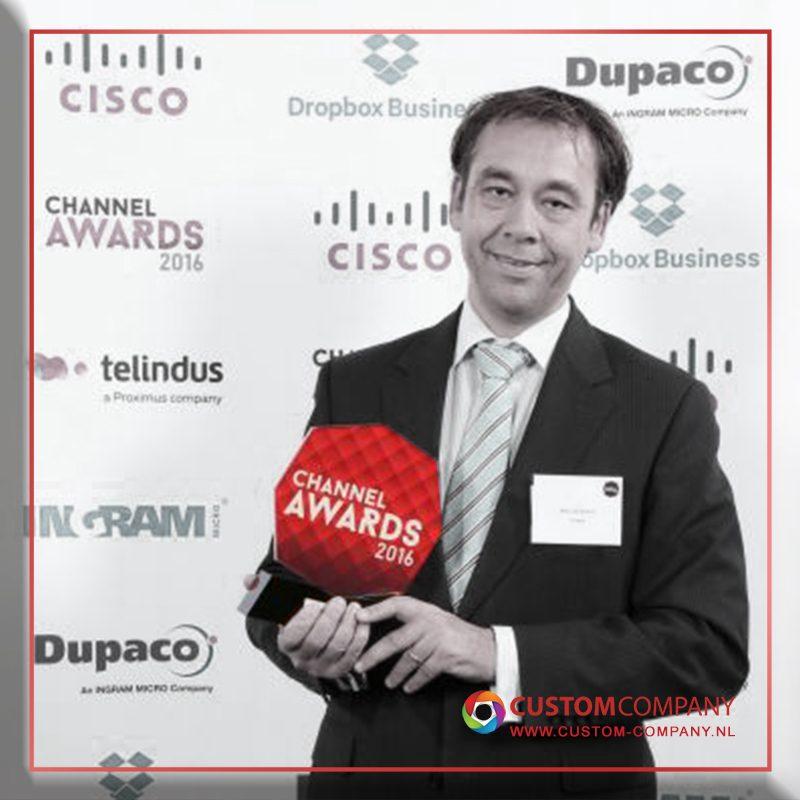 custom awards van plexiglas laten maken